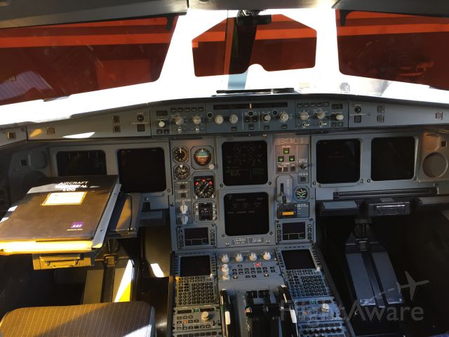 Airbus A330-300 — - Flight Deck A330