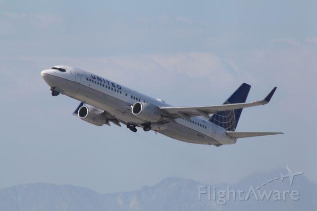 Boeing 737-900 (N37281) - AIRBORNE