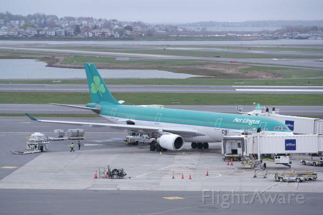 Airbus A330-300 (EI-DUZ)