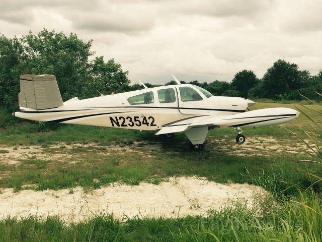 Beechcraft 35 Bonanza (N23542)