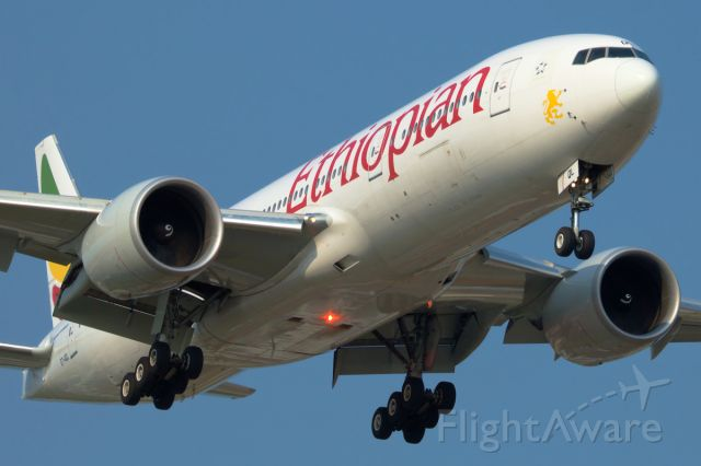 BOEING 777-200LR (ET-AQL) - Aug 18 2018