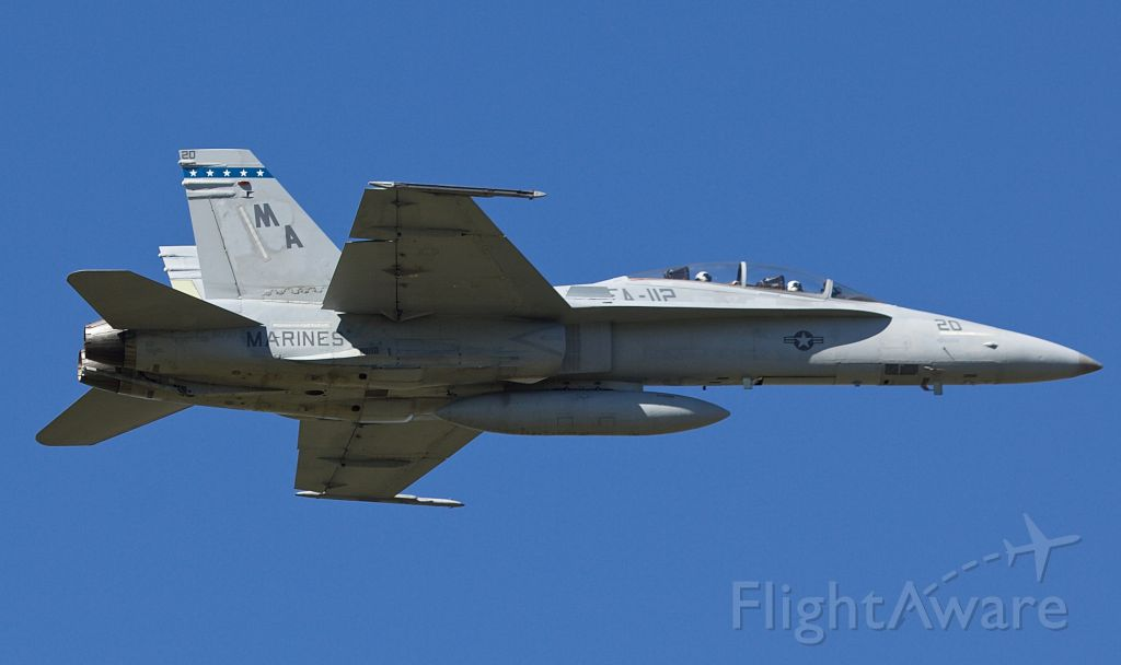 """McDonnell Douglas FA-18 Hornet (16-1733) - B model Hornet from VMFA 112 """"The Cowboys"""" passing over the pattern at AFW 10/10/2018 (Please view in """"full"""" for highest image quality)"""