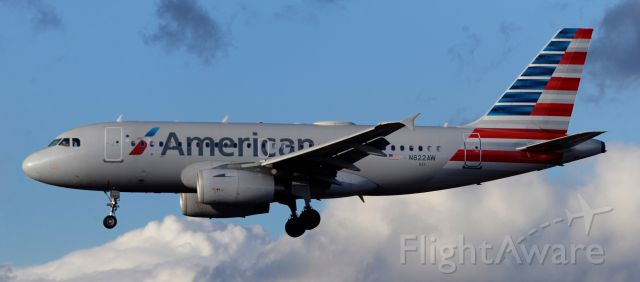 Airbus A319 (N822AW) - phoenix sky harbor international airport 22FEB20
