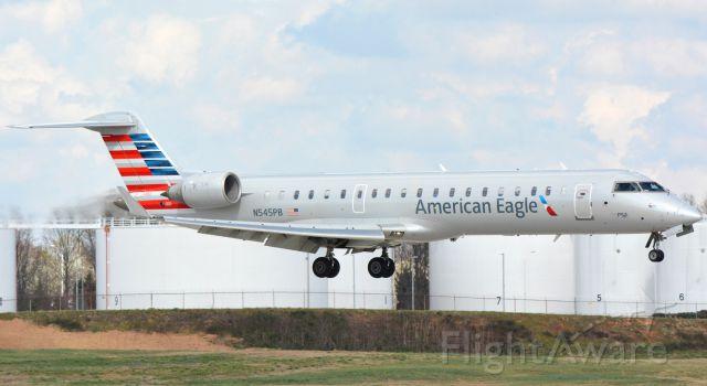 Canadair Regional Jet CRJ-700 (N545PB) - 3/13/16