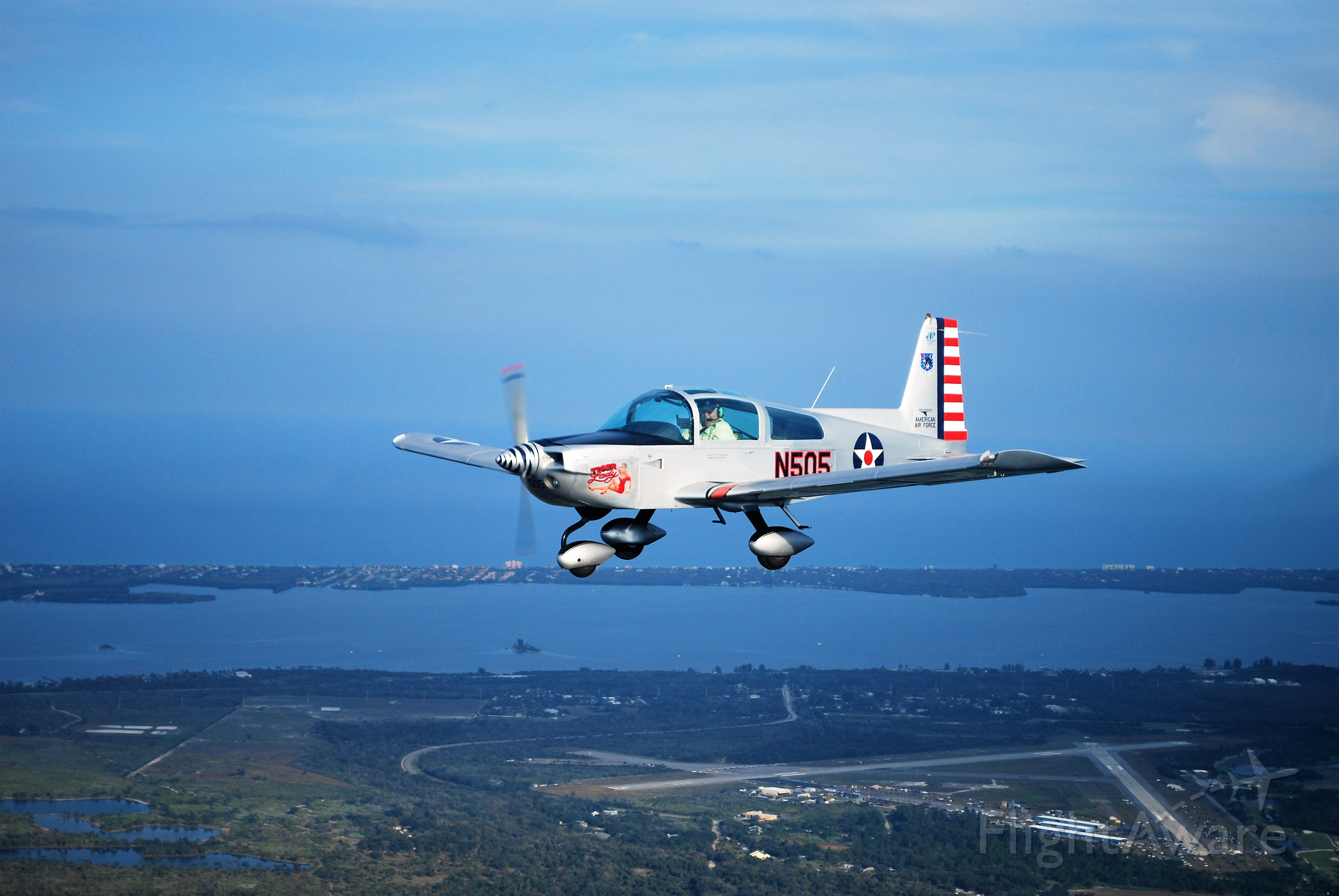 N505 — - FLYING IN THE FLORIDA SUN