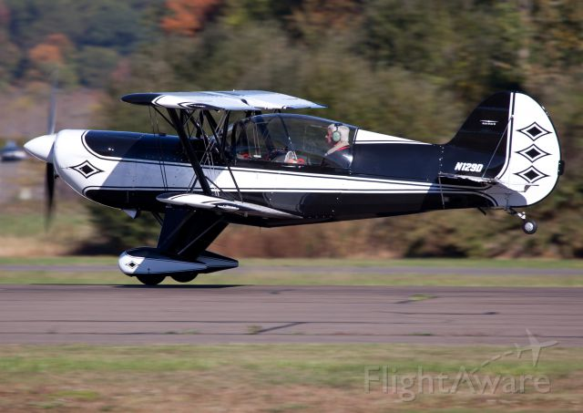 N129D — - At the moment of lift off. Used less than 300ft of runway! RELIANT AIR offers the lowest fuel price on the Danbury (KDXR) airport.