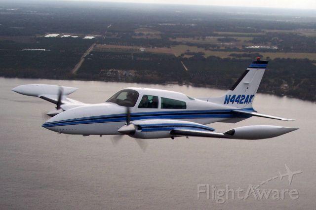 Cessna 310 (N442AK)