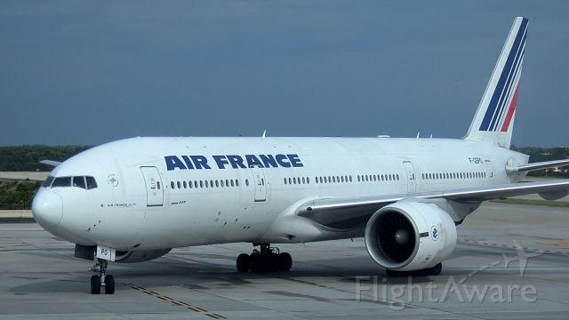Boeing 777-200 (F-GSPO)