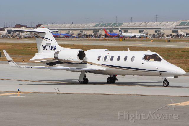 Learjet 31 (N171AR)