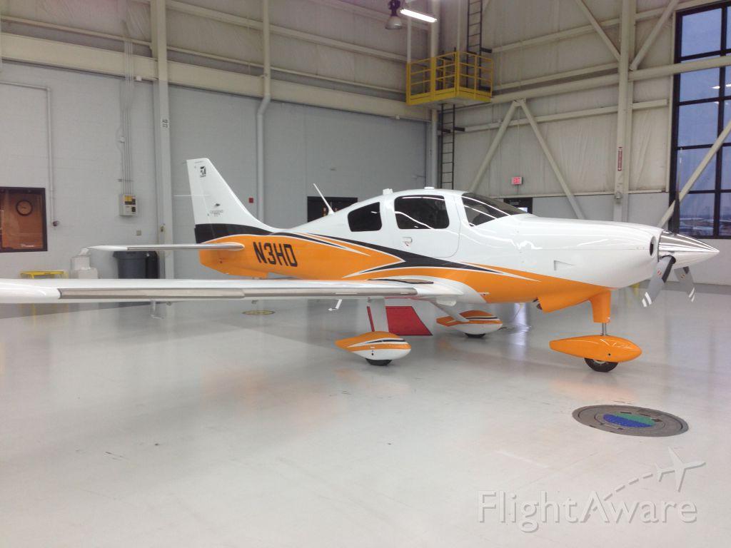Cessna 400 (N3HD)
