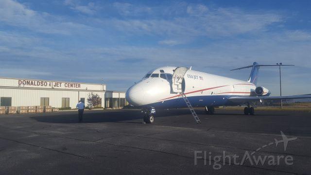 McDonnell Douglas DC-9-30 (N208US)