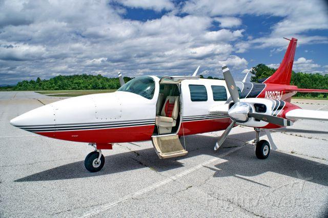 Piper Aerostar (N8079J) - Good looking fast bird.