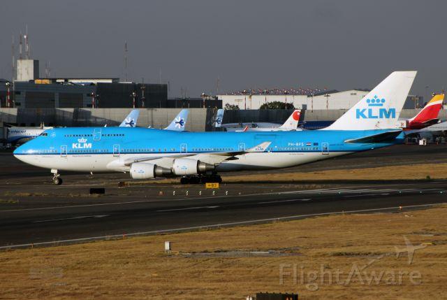 Boeing 747-400 (PH-BFS) - KLM / Boeing 747-406(M) - MSN 28195