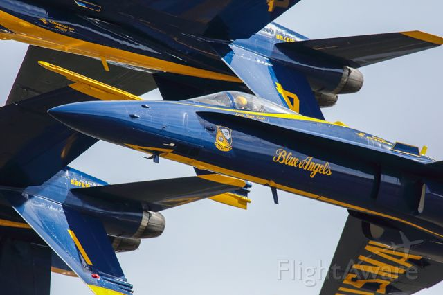 McDonnell Douglas FA-18 Hornet — - Blue Angels in very tight formation with two aircraft upright and two inverted. Amazing close up shot with a Canon 800mm lens.