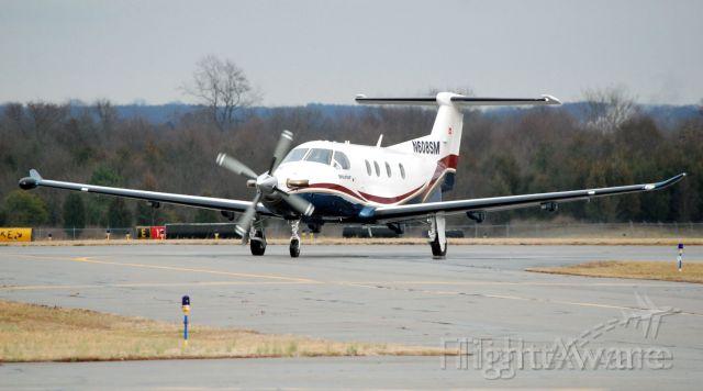 Pilatus PC-12 (N608SM)