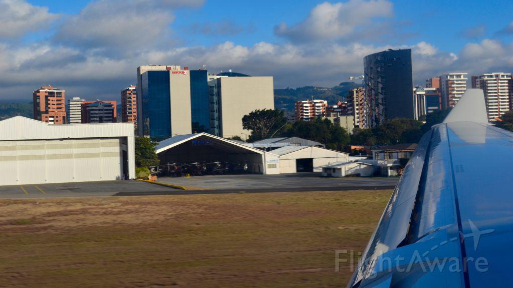 Airbus A330-200 (IB6341) - IB6341 from Madrid Airport landing at Guatemala City Airport <br />2017, January 14th