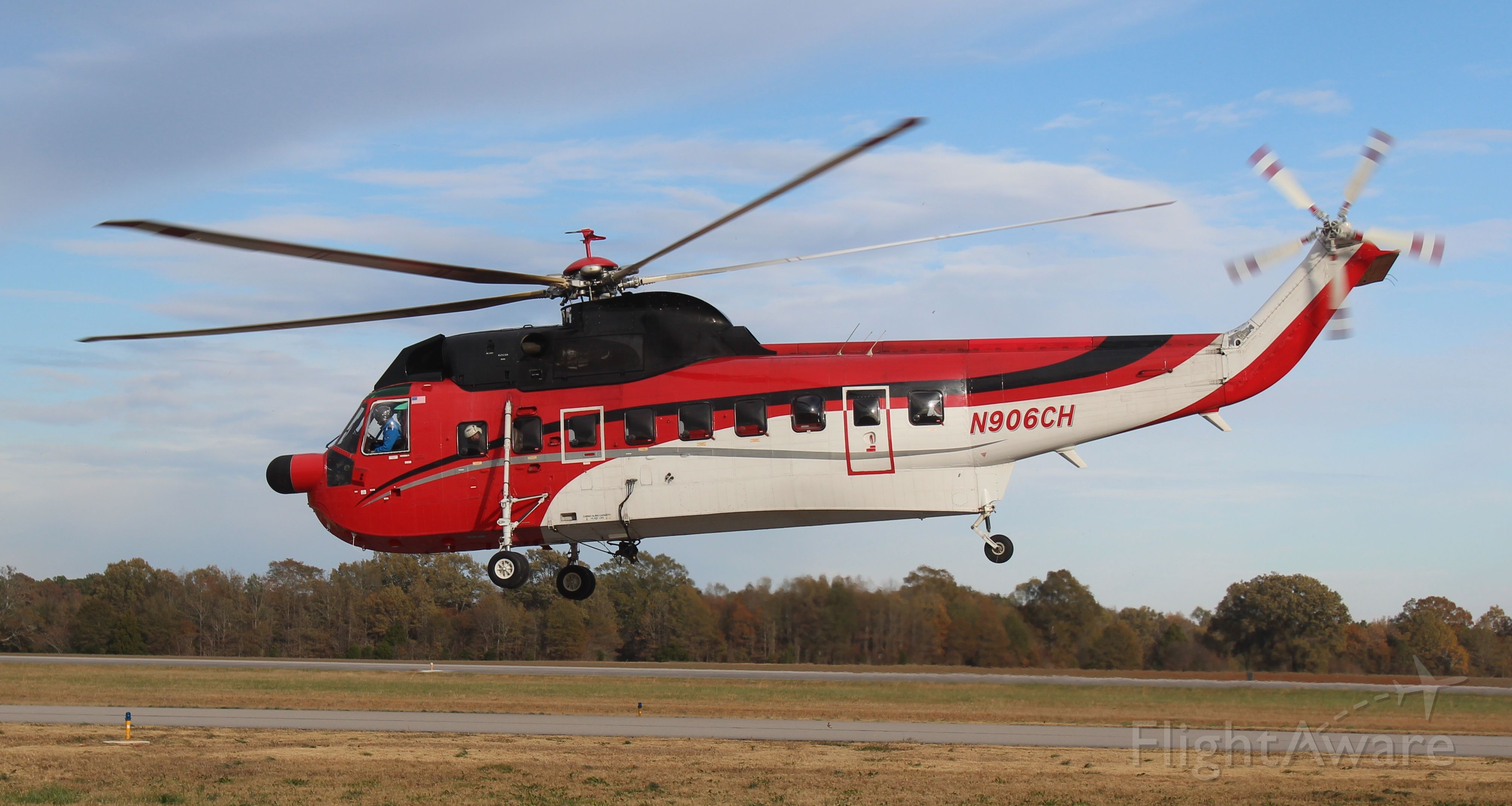 Sikorsky Sea King (N906CH) - Construction Helicopters Sikorsky S-61N Sea King departing Pryor Regional Airport, Decatur, AL - late in the afternoon of November 15, 2019.
