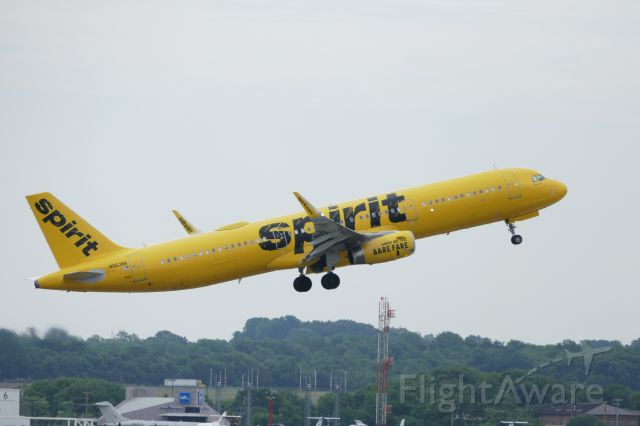Airbus A320 (N633NK) - Just after takeoff from runway 20R.