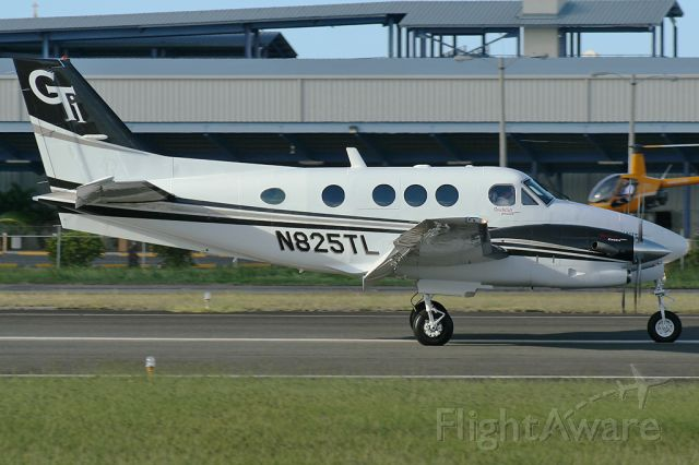 Beechcraft King Air 90 (N825TL)