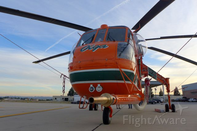 N6962R — - Always ready to fire on a fire. The multi-purpose Erickson skycrane is massive and very effective.