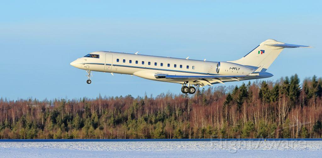 Bombardier Global Express (I-PFLY)