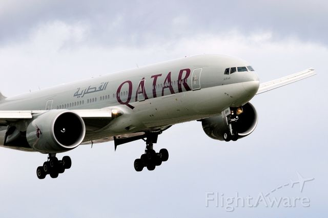 BOEING 777-200LR (A7-BBH) - Moments from completing a 12h45m non-stop from Doha.