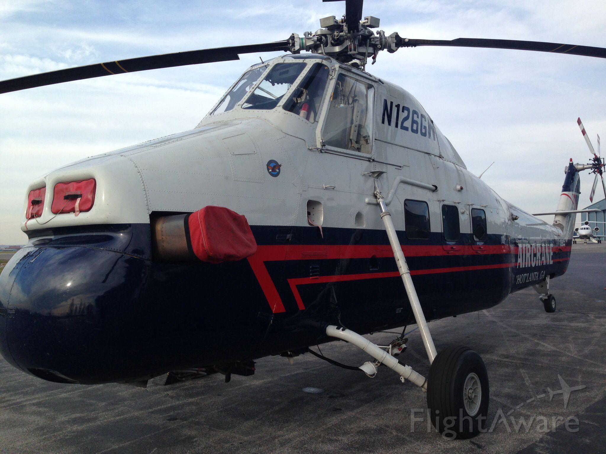 BEAGLE-AUSTER B-206 (N126GW)