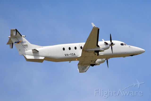 Beechcraft 1900 (VH-YOA) - Getting airborne off runway 23 and off to another regional destination. Thursday 13th March 2014.