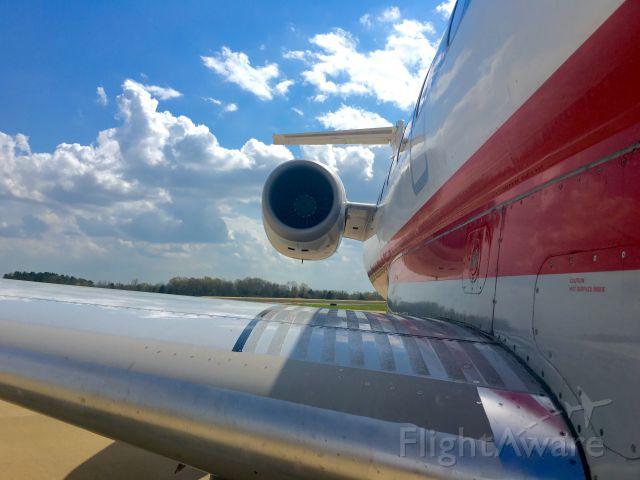 Embraer ERJ-145 (N822AE)