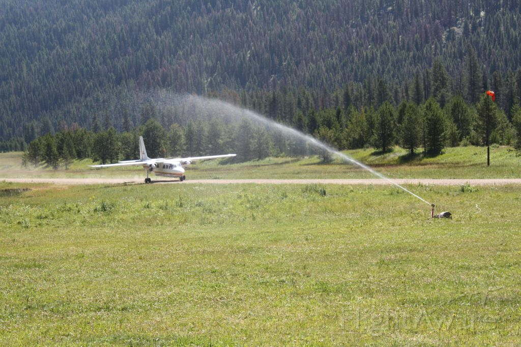 — — - Islander landing at Sulphur creek, Idaho
