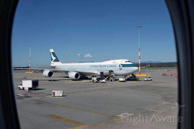 BOEING 747-8 (B-LJC)
