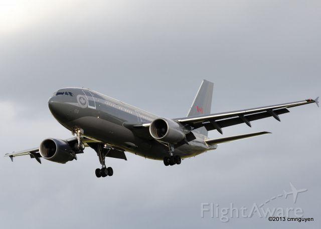 Airbus A310 (N15003)