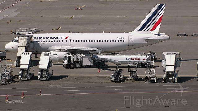 Airbus A319 (F-GRHU) - Parked at the gate after arriving from Paris Charles de Gaulle
