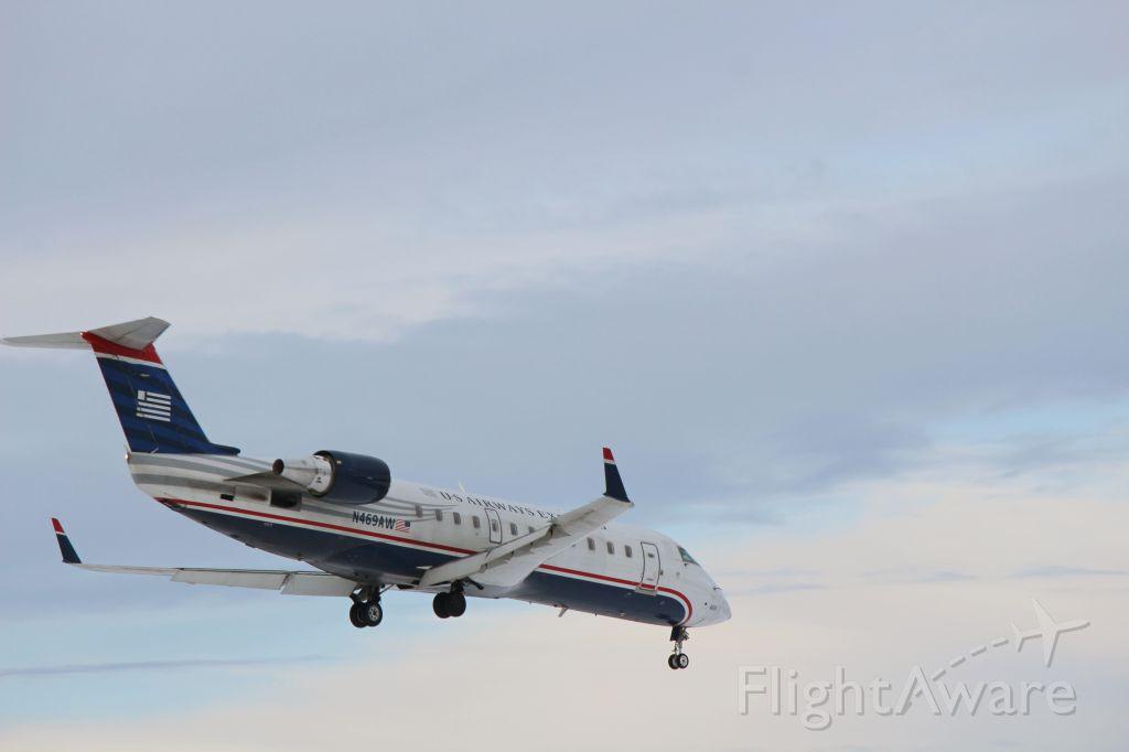 Canadair Regional Jet CRJ-200 (N469AW)
