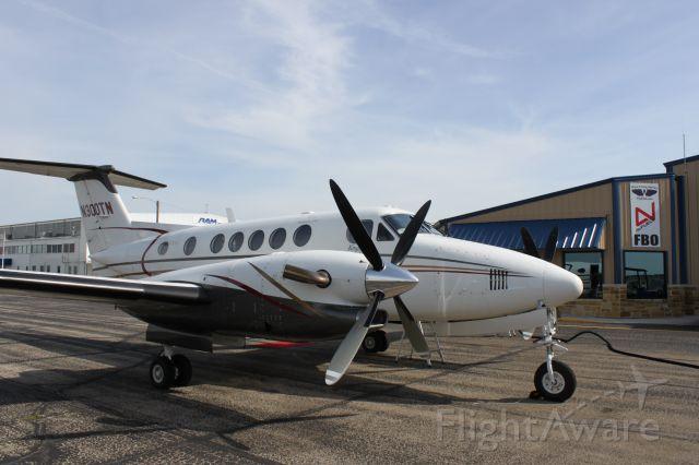 Beechcraft Super King Air 300 (N300TN) - Waco Flying Service FBO