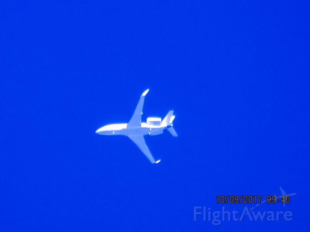Dassault Falcon 2000 (N488GB)