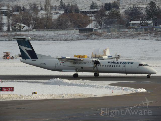 de Havilland Dash 8-400 (C-GJWE)
