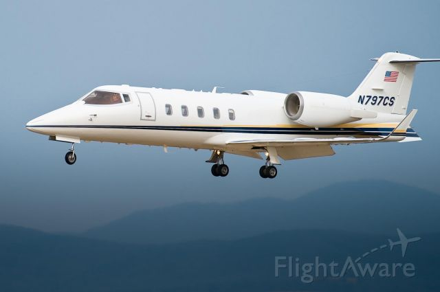 Learjet 60 (N797CS) - 20_Jan_2010