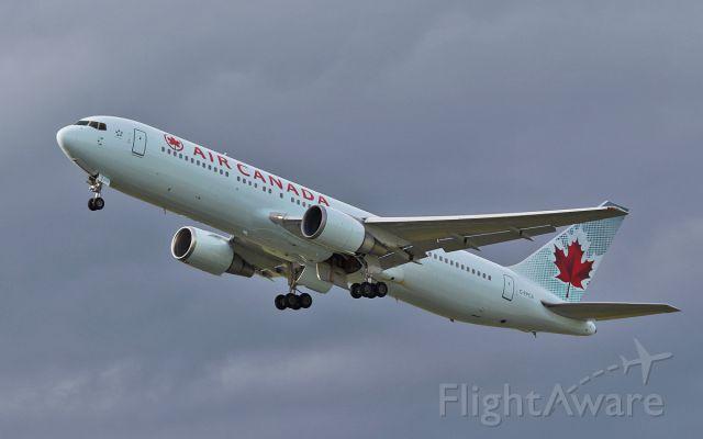 BOEING 767-300 (C-FPCA) - air canada b767-3 c-fpca dep shannon 20/6/16.