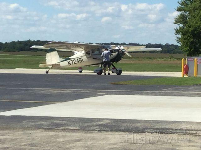 Cessna 140 (N72481) - Fuel stop.