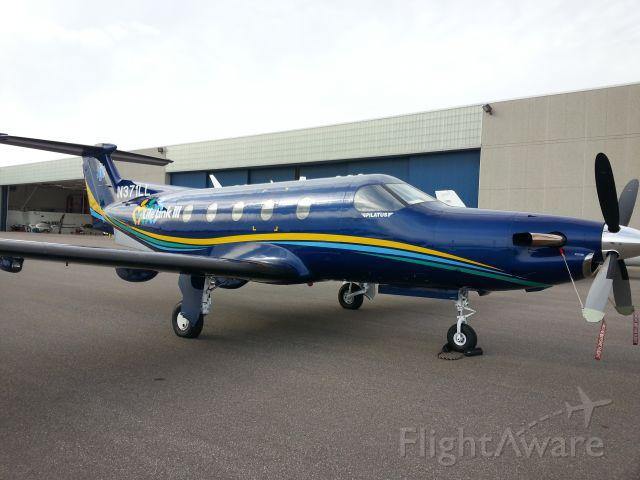 Pilatus PC-12 (N371LL)