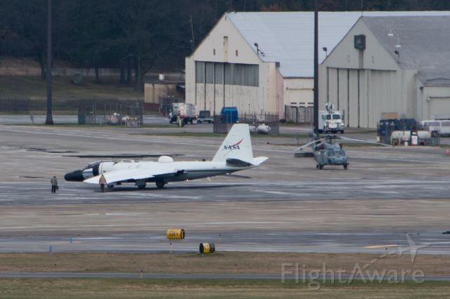 Martin WB-57 (N927NA) - NASA WB-57 preparing to depart KBED for a test flight.