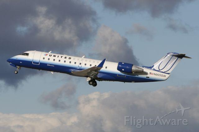 Canadair Regional Jet CRJ-200 (N905SW) - October 13, 2009 - departed London