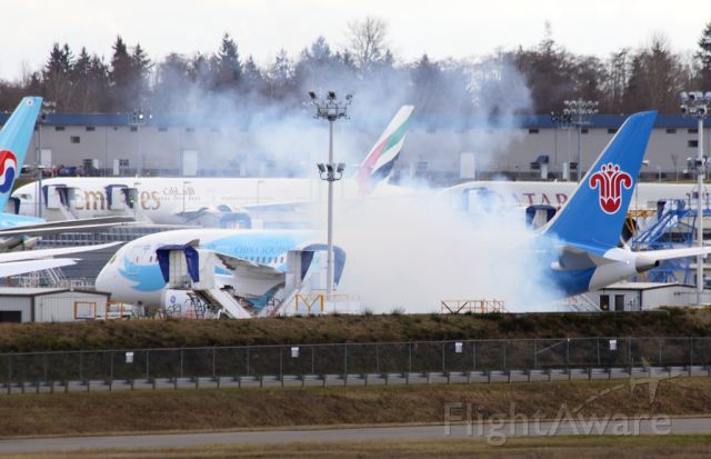 Boeing 787-8 (B-2725) - China Southern Airlines B-2725 first engine run February 7, 2013.