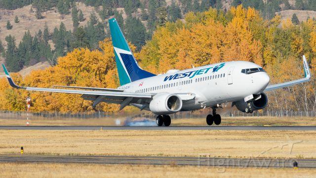 Boeing 737-700 (C-GCWJ)
