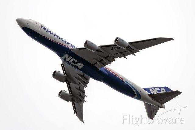 Boeing 747-200 (JA13KZ)