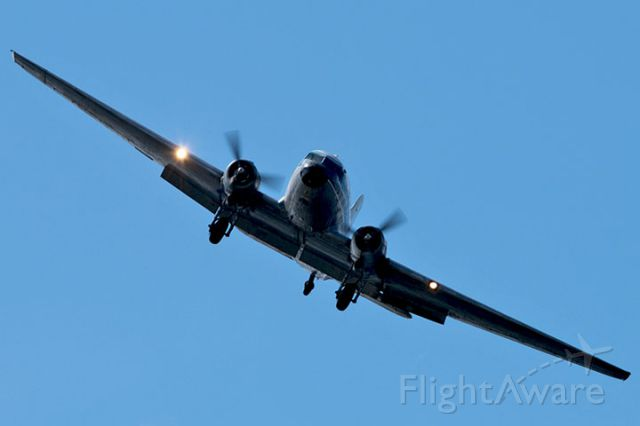 Douglas DC-3 (N271SE) - 4/16/13:  Alen Enterprises (dba Florida Air Cargo) DC-3 on short final approach over Miami Lakes in the late afternoon enroute to runway 9-left at Opa-locka Executive Airport.