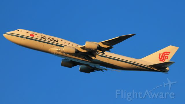 BOEING 747-8 (B-2480)