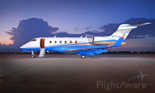 Bombardier Challenger 300 (N723JA) - N723JA Static Display