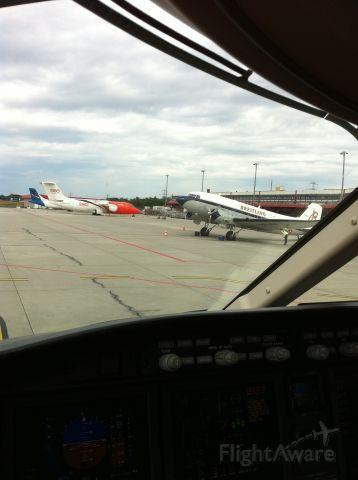 Douglas DC-3 (HB-IRJ) - Taken in Geneva. Breitlings DC3. Photo courtesy of my friend Kevin C.